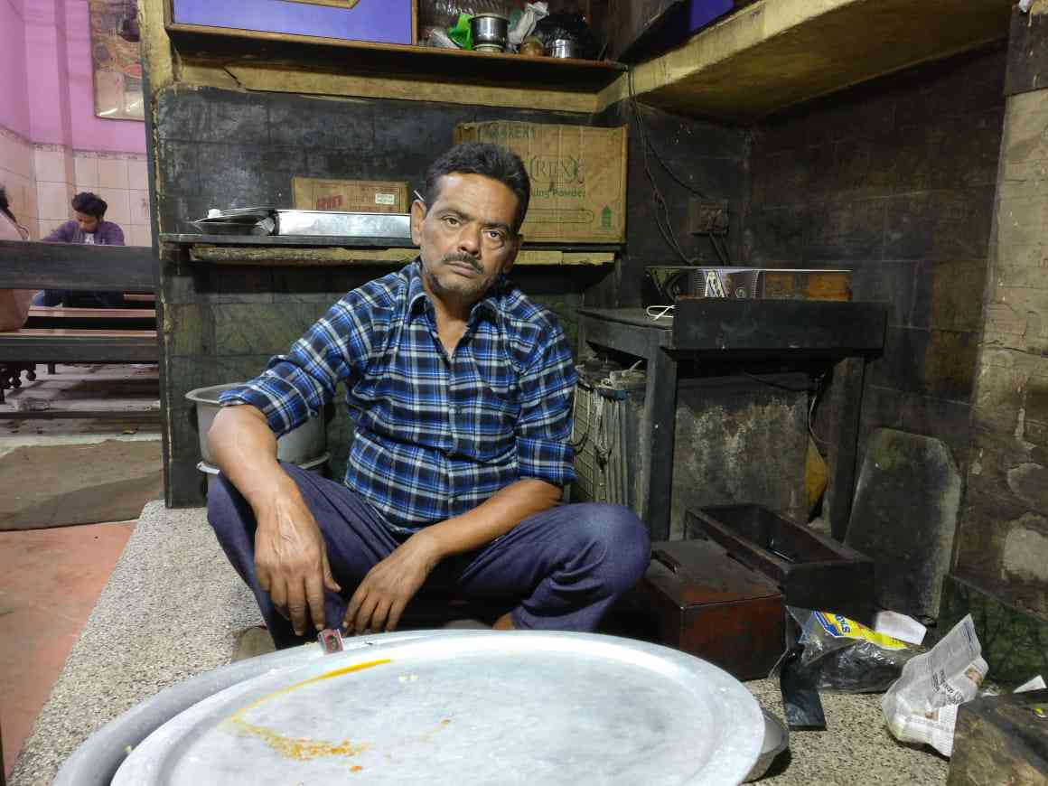 Suhail Ahmed's eatery has suffered sharp losses the past week as a result of his staff leaving Ayodhya-Faizabad. The men were fearful of communal violence in the wake of the Vishwa Hindu Parishad's November 25 dharma sabha. (Photo credit: Shoaib Daniyal).