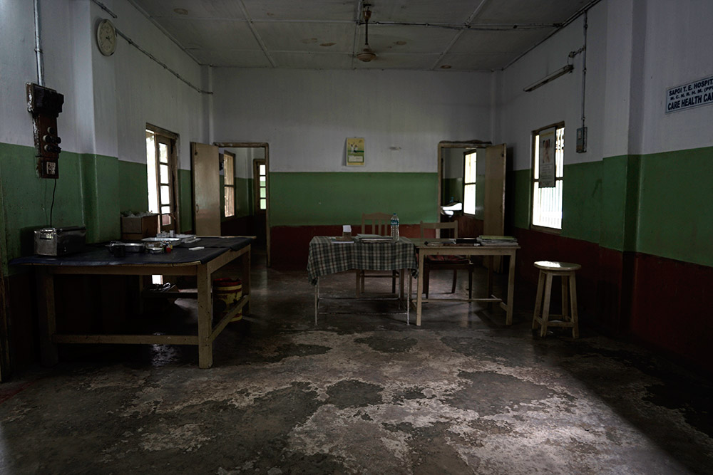 A desolate room inside the Sapoi tea garden hospital. Credit: Devjyot Ghoshal