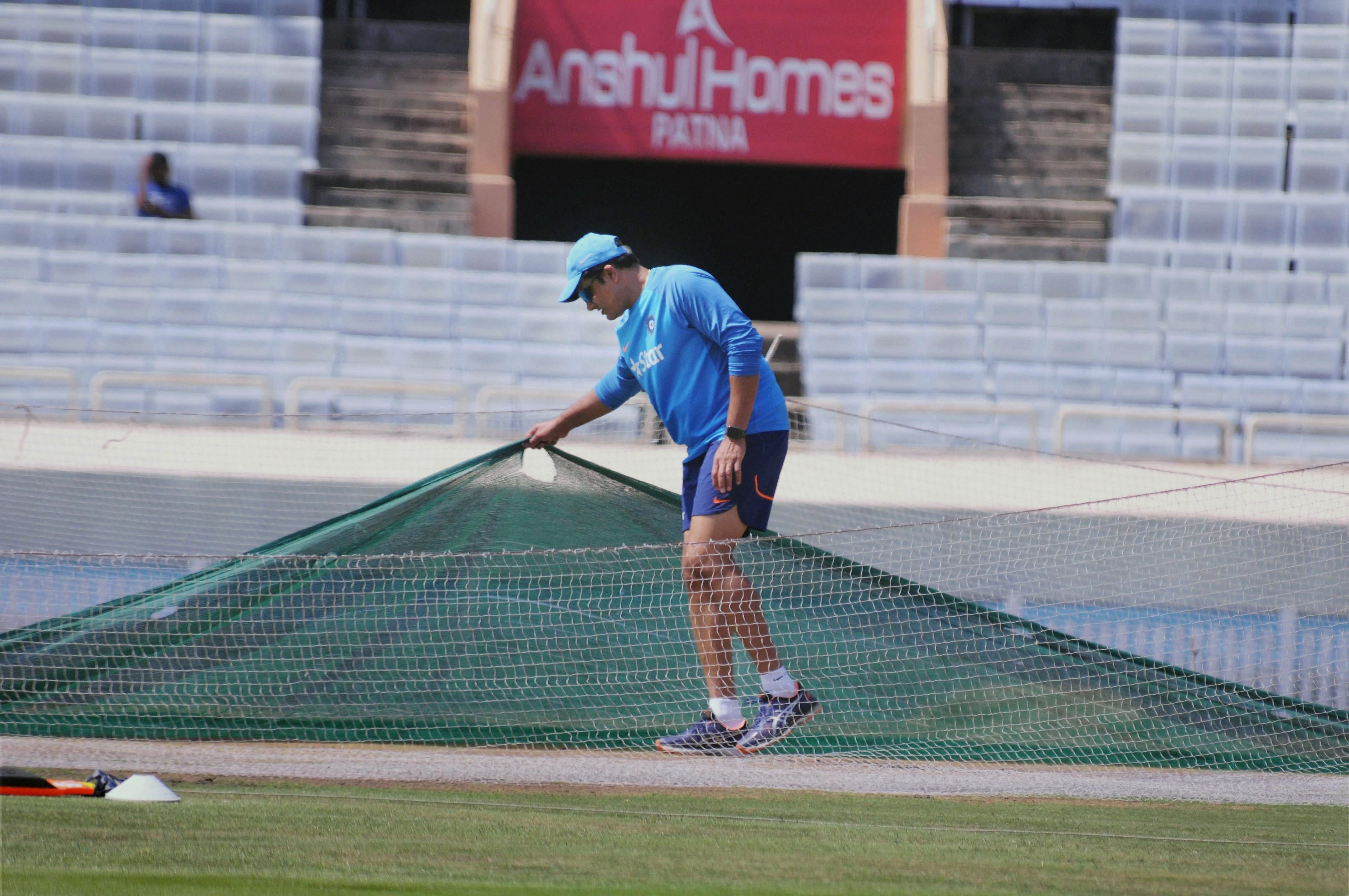 India coach Anil Kumble inspects the pitch in Ranchi ahead of the third Test against Australia (PTI)