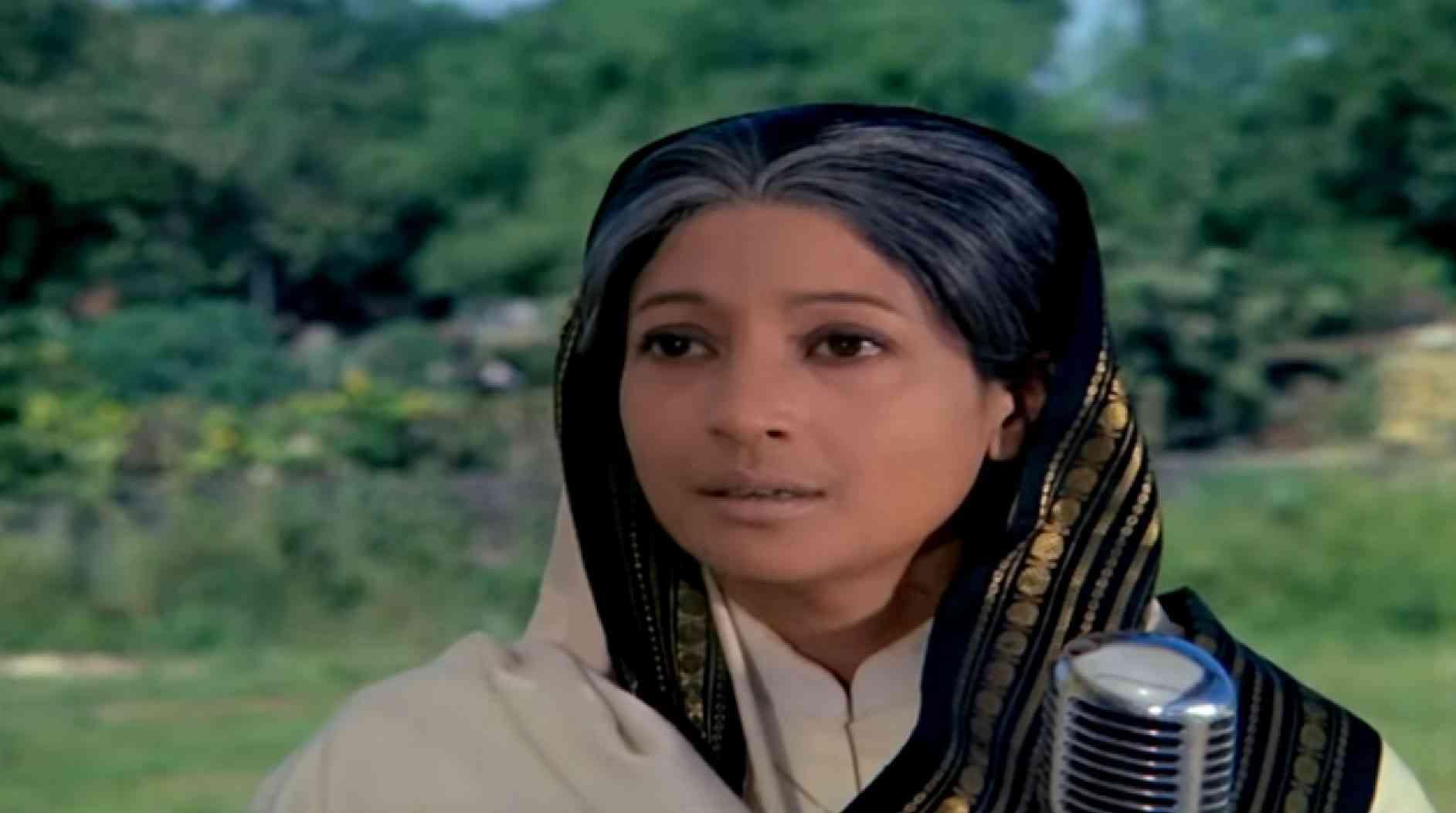 Suchitra Sen in Aandhi. Courtesy Filmyug.