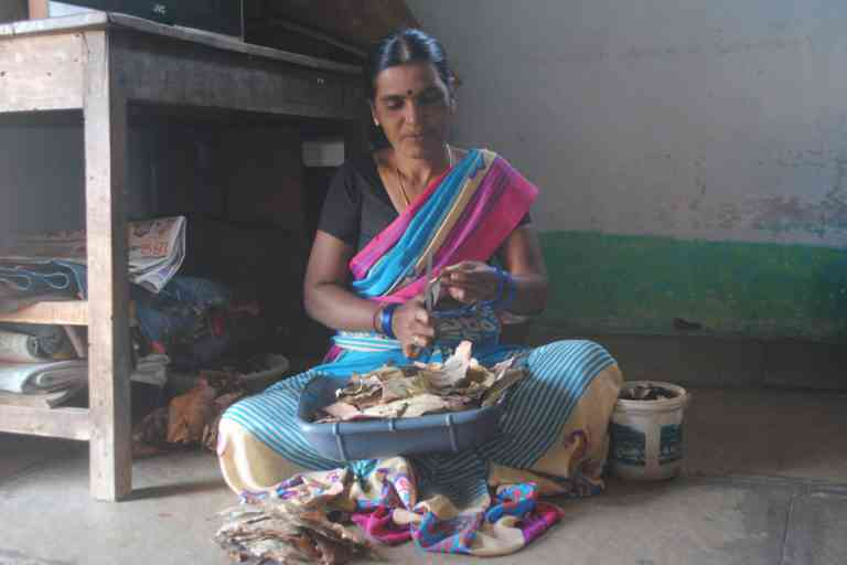 Lata, rolling bidis for a living like many other women in Bhumpally. Photo Credit: Meena Menon