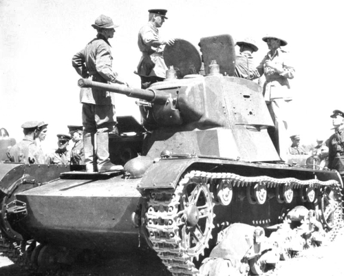 British officers inspecting a Soviet tank during the invasion, 31st August 1941. Photo credit: Wikimedia Commons [Licensed under Creative Commons]