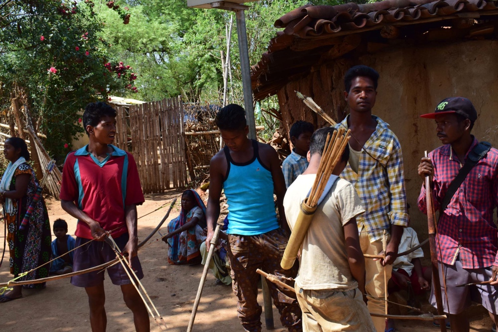 Adivasis in Jikilata hamlet of Udbur village of Jharkhand. (Photo credit: Priya Ranjan Sahu).