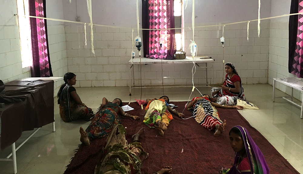 Anaemic pregnant women get their doses of iron-sucrose intravenously in Dalot PHC, Pratapgarh district. Photo: Menaka Rao