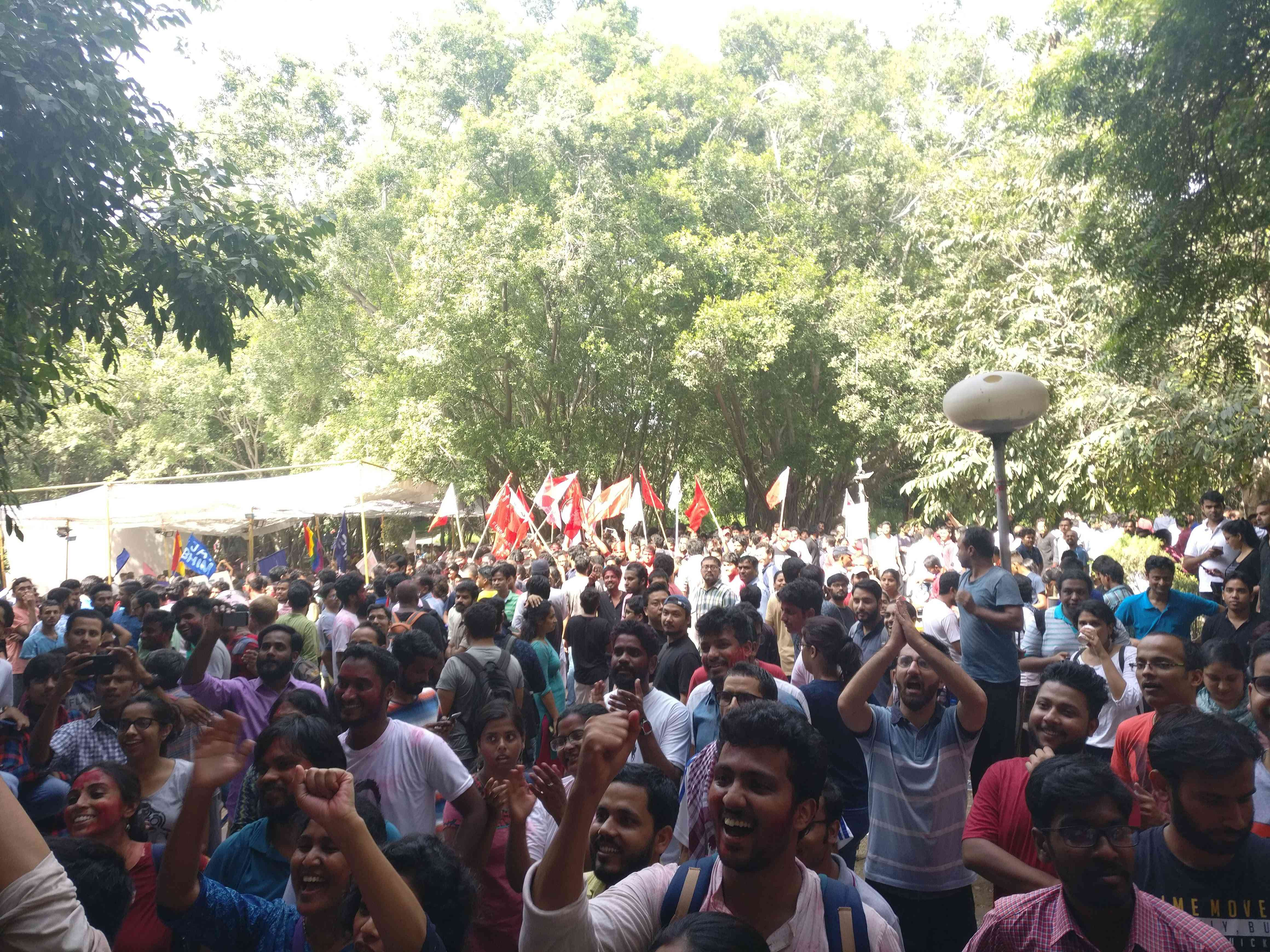 Students cheering for the election committee after the declaration of results. (Photo credit: Shreya Roy Chowdhury).