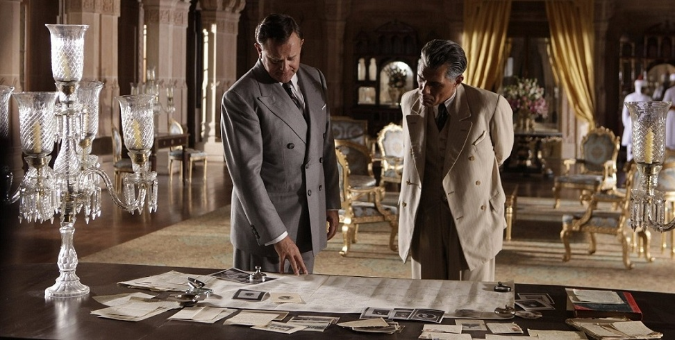 Louis Mountbatten (Hugh Bonneville) and Muhammad Ali Jinnah (Denzil Smith) in Viceroy's House.