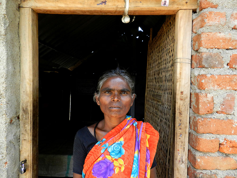 Sathyamma, 37, a migrant worker living in Kurthiravulachervu, Mahbubnagar. Photo: Mridula Chari