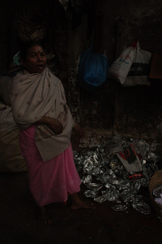 Toiling hard through the day, this homeless family living near Dadar station works with piles of recyclable waste collected from the station premises. They sort and clean what can be sold, earning about Rs 100-Rs 150 per day. During evictions, the municipal squads target their stored recyclable goods and destroy them.