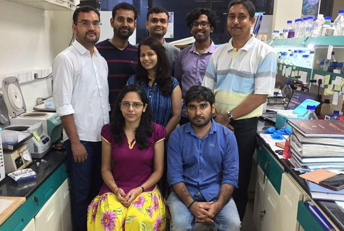 Professor Suman Dhar (extreme right) with her research team.