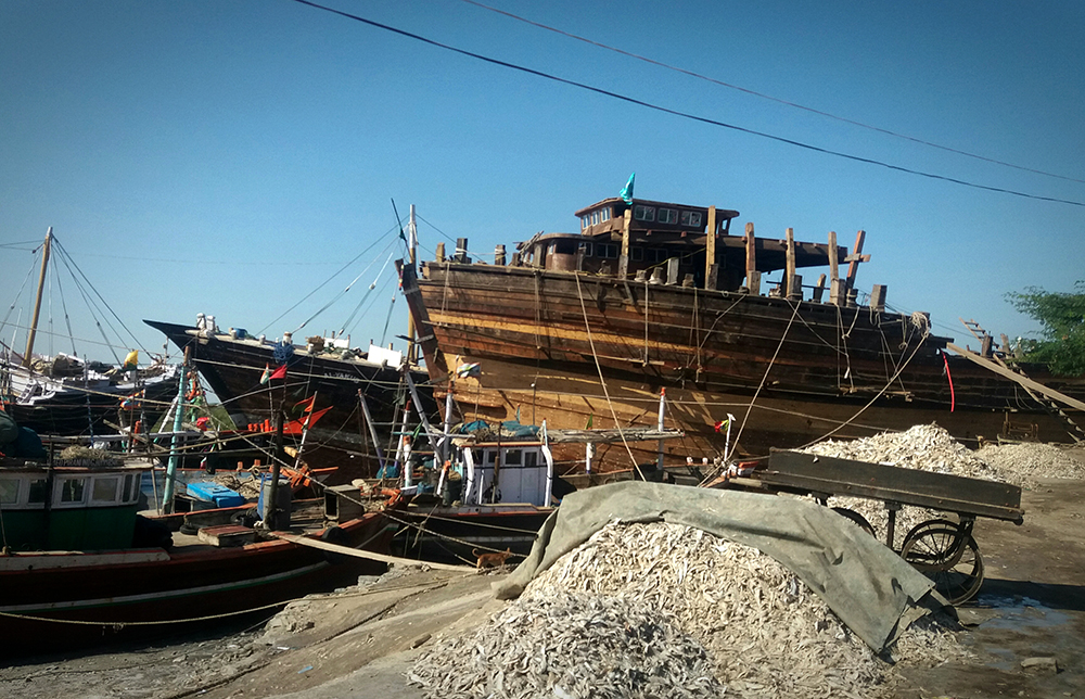 A fishing boat under construction in Salaya. Photos: Aarefa Johari