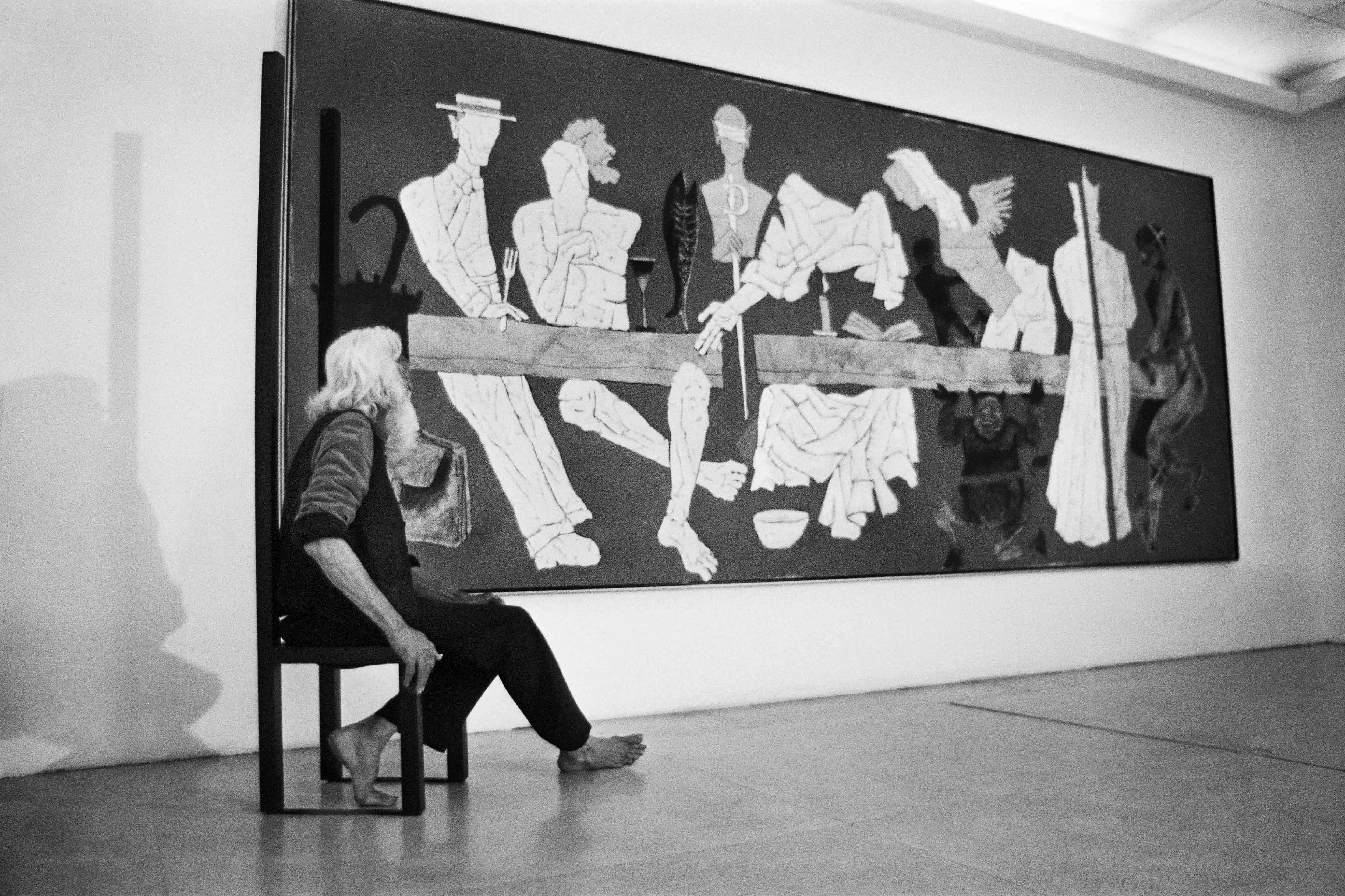 MF Husain in an exhibition space. Image courtesy: Parthiv Shah.