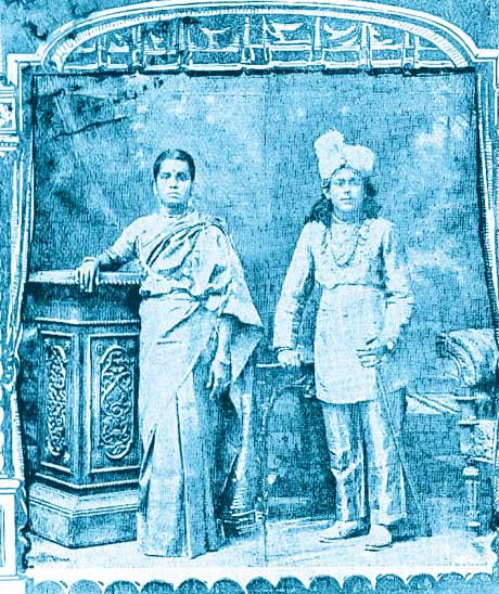 KB Sundarambal and SG Kitappa, the celebrated couple of early Tamil drama who were inspired by Balamani. Courtesy: Roli Books