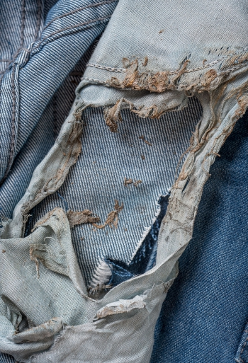 Jeans worn by Jaime Santana the day he was struck by lightning  © William LeGoullon