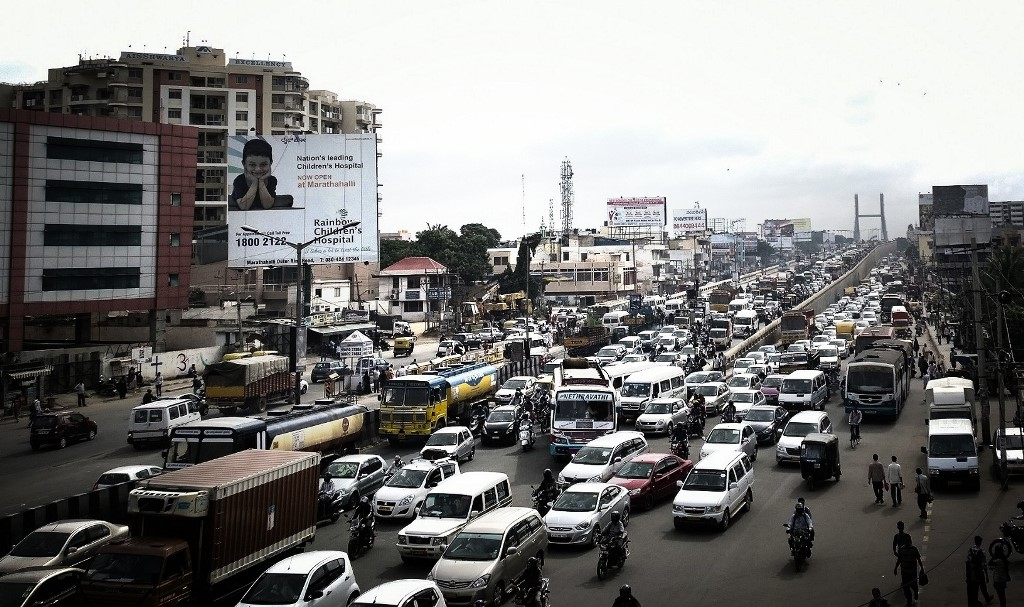 Peak hour traffic in Bengaluru. Photo credit: Diptiprakashpalai/Wikimedia Commons [Creative Commons Attribution-Share Alike 3.0 Unported license]