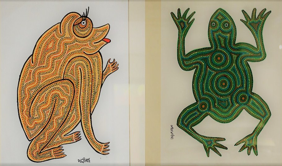 Frogs in Gond art.