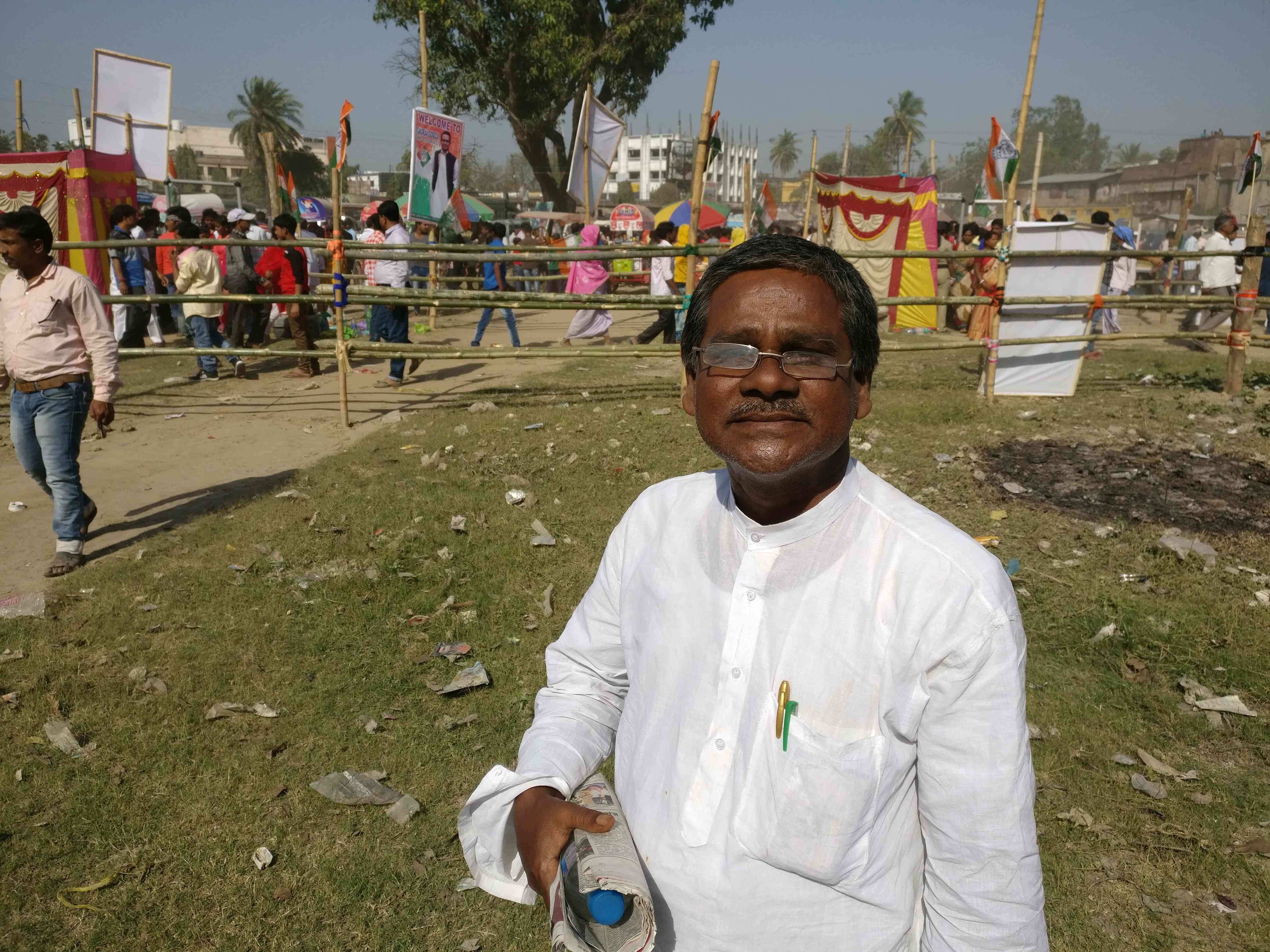 Nirmal Saha is a loyal Congress supporter and will continue the family tradition of voting for the hand. Photo credit: Shoaib Daniyal