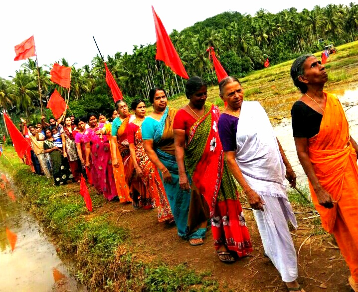 Women of Keezhattoor village take out a protest march. Photo by special arrangement