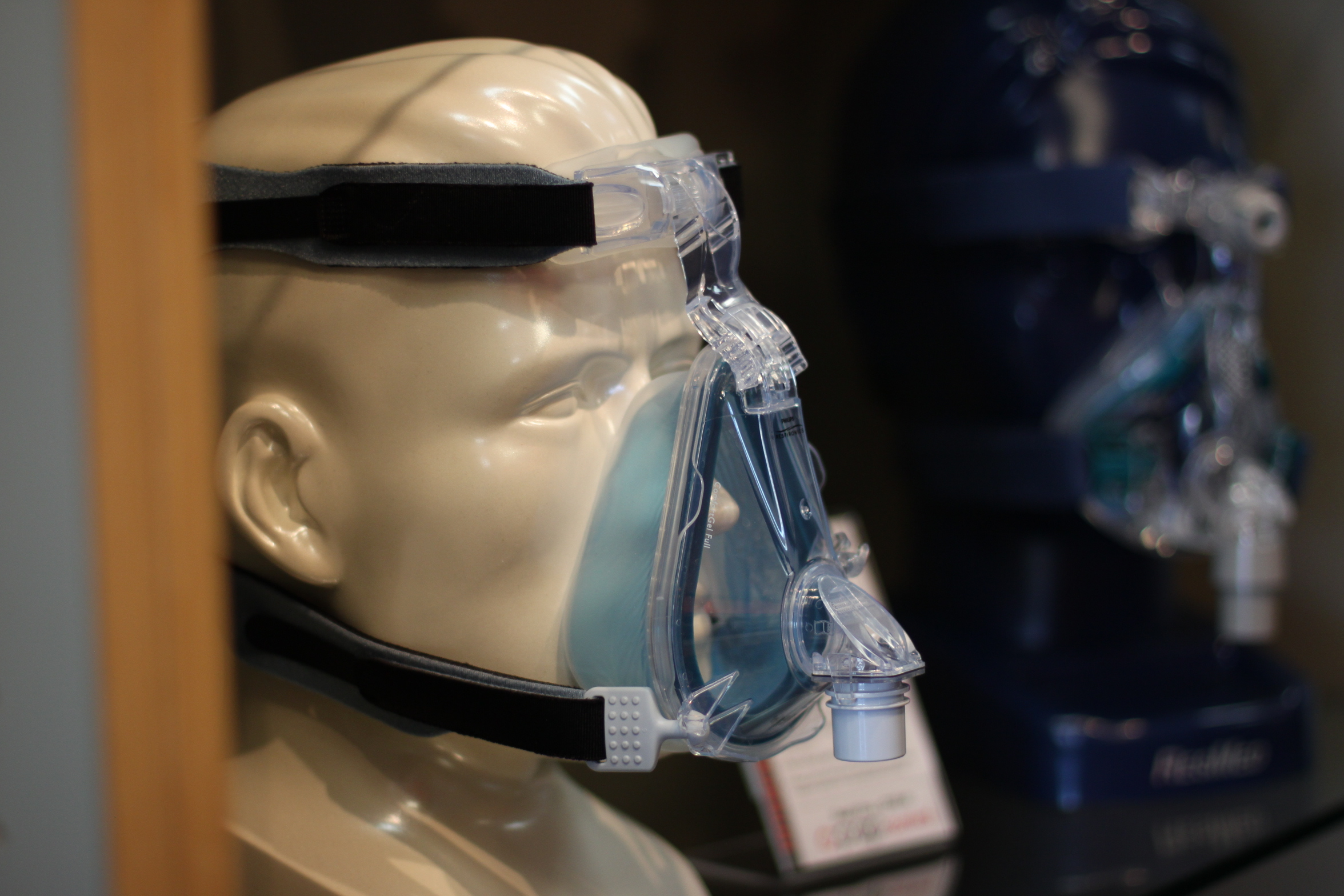 Mask to connect to a Continuous Positive Airway Pressure machine or CPAP machine while sleeping. (Photo: Rachel Tayse/Flickr)