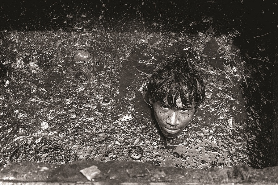 Photos: Mumbai's 30,000 unsung heroes are languishing in filth and ...