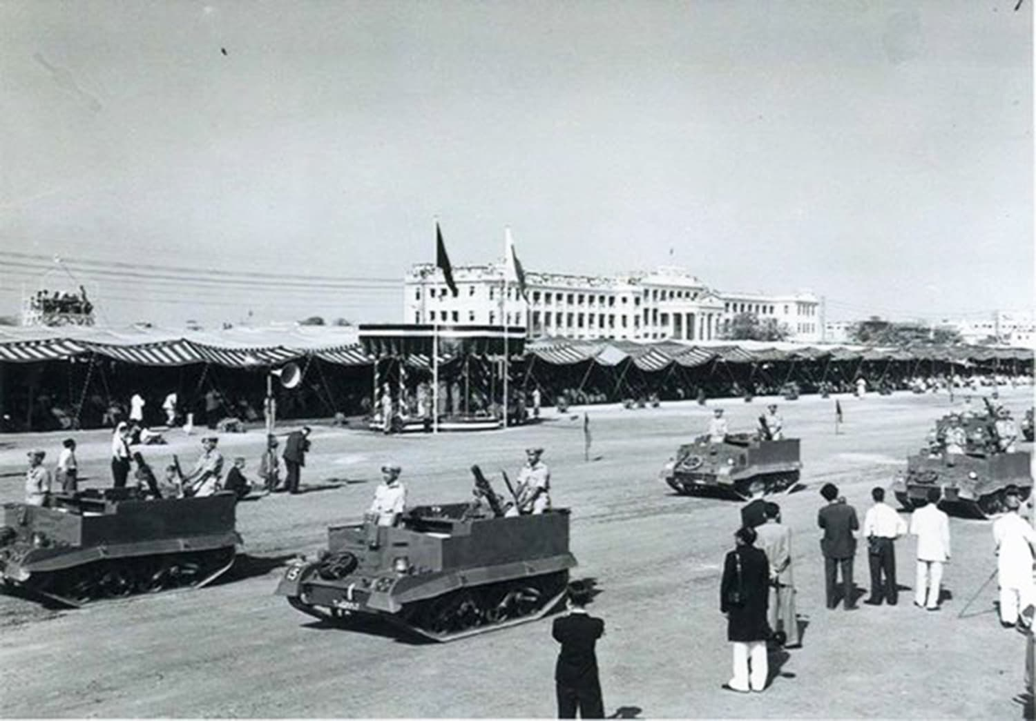 Pakistan's first Republic Day parade. In 1956, Pakistan became a republic. The occasion was marked by a parade held on March 23, 1956 in Pakistan's then-capital, Karachi.