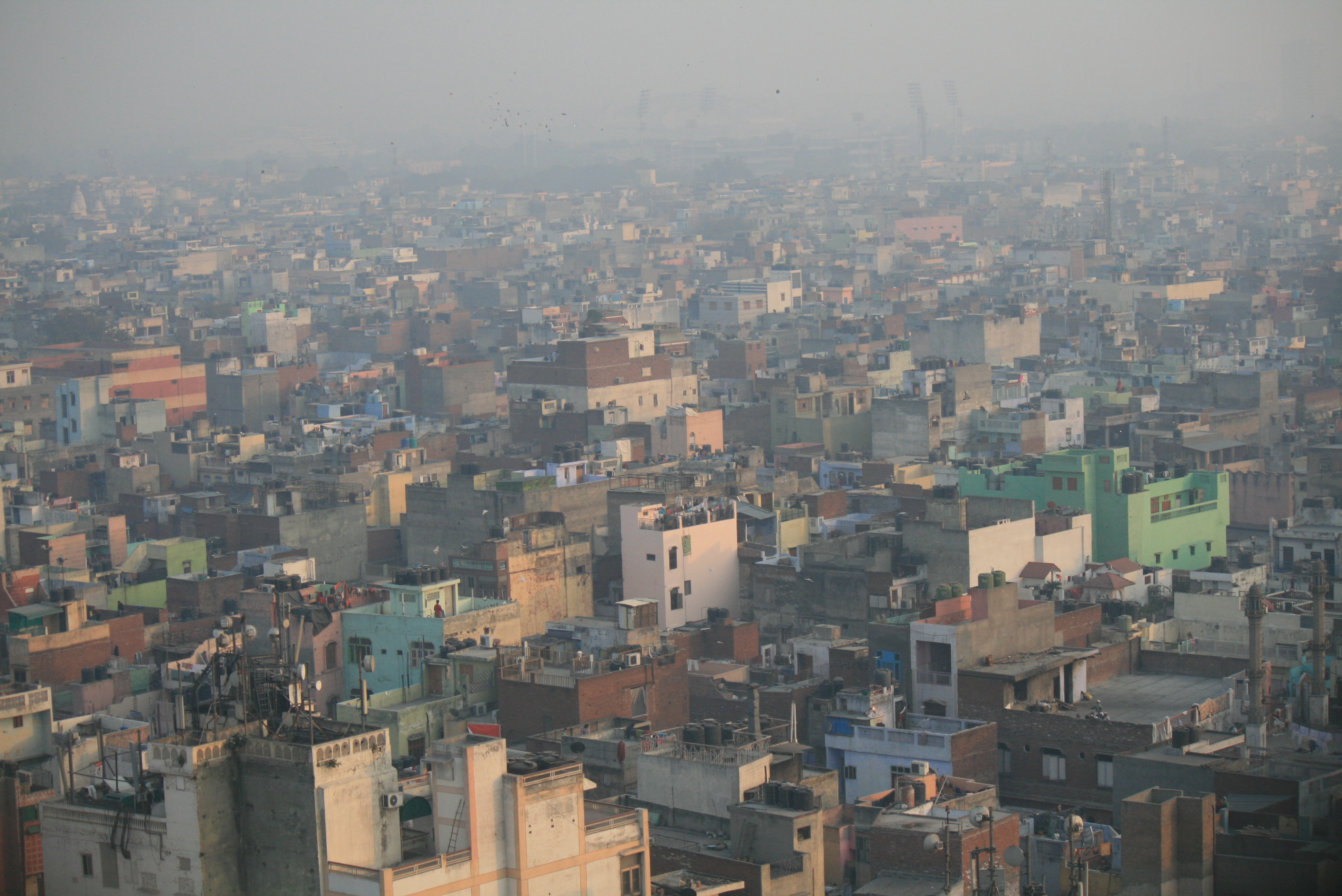 Air pollution over South Delhi. (Photo: Jean-Etienne Minh-Duy Poirrier/Flickr)