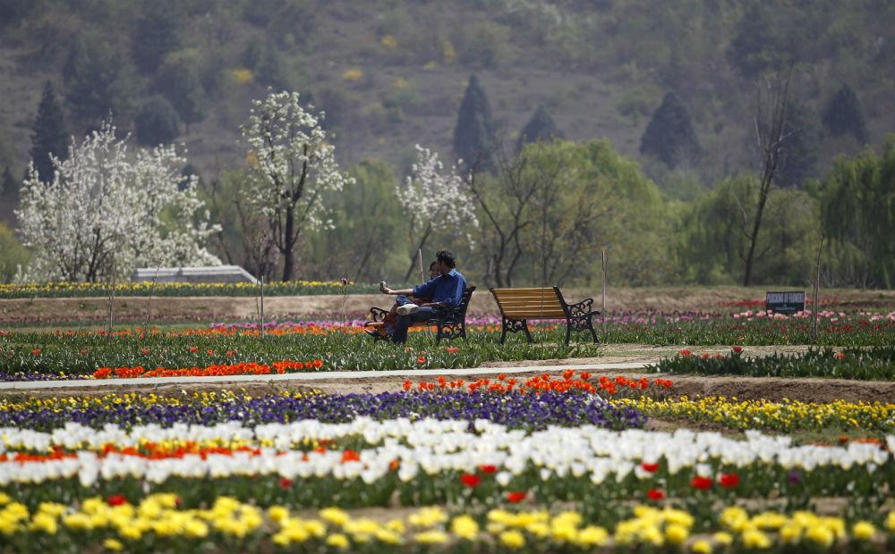 Talking about love in strife-torn Kashmir gives immense hope to Vijdan. Fayaz Kabli/Reuters