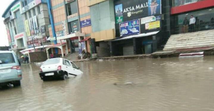 Kashmir rain: Flood scare as downpour brings back memories of 2014