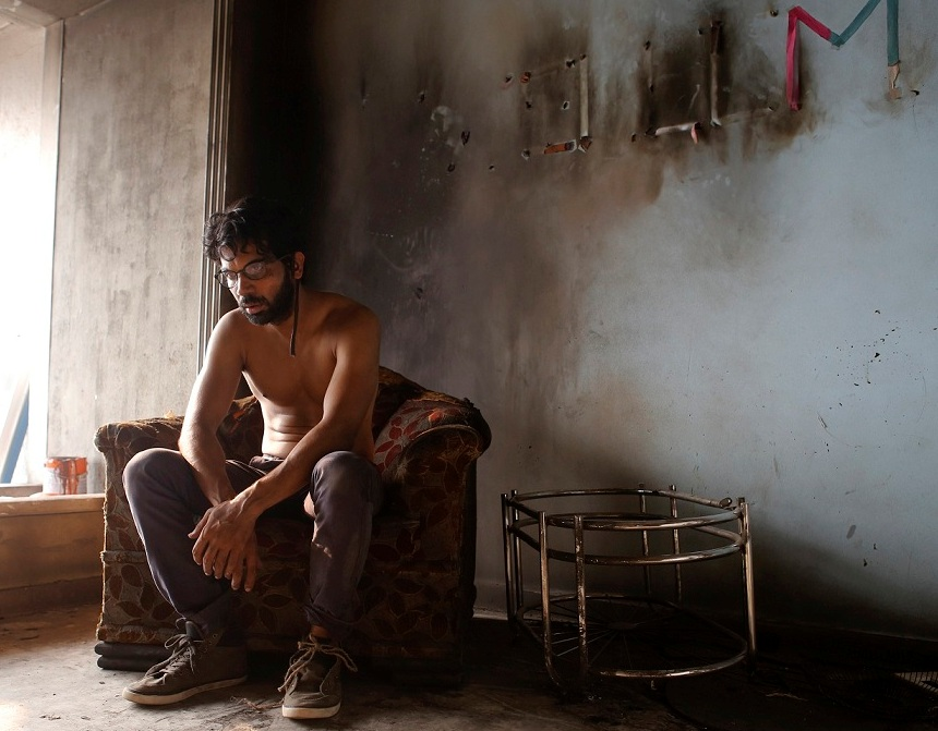 Rajkummar Rao in Trapped.