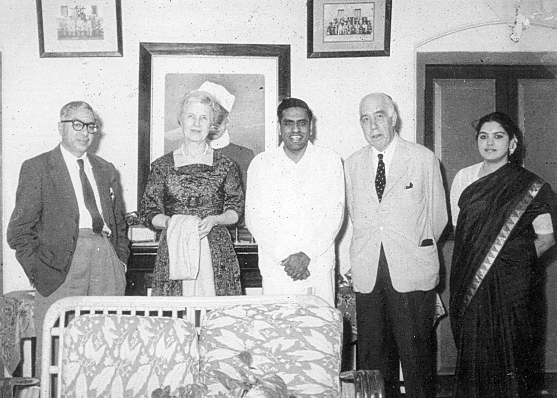 Nobel Laureate Niels Bohr and Mrs Bohr with Alladi and Lalitha Ramakrishnan at Ekamra Nivas, Jan 1960. Photo credit: Alladi Krishnaswami blog.