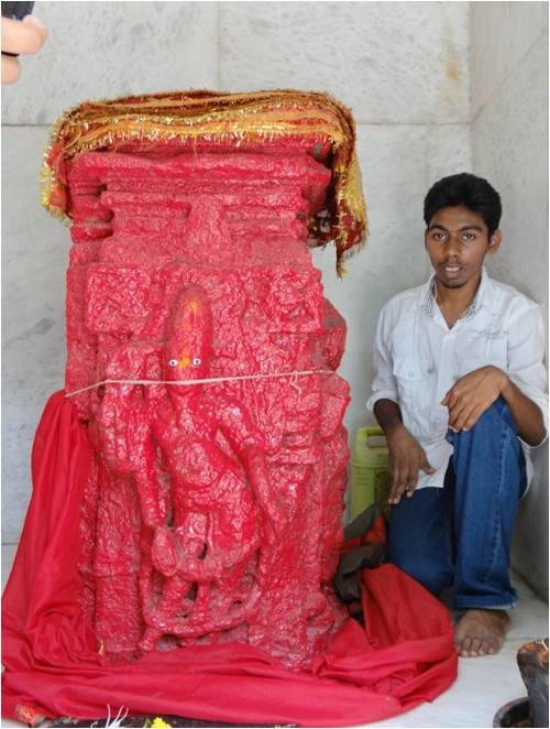 A male deity from the Shilahara period is now being worshipped as Kamala Mata at a small temple in Andheri. Image courtesy: Salsette Project