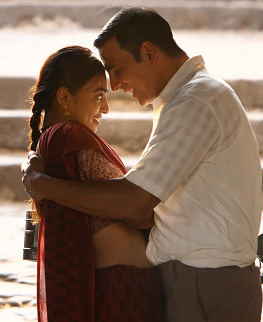 Radhika Apte and Akshay Kumar in Pad Man (2018). Image credit: Mrs Funnybones Movies.