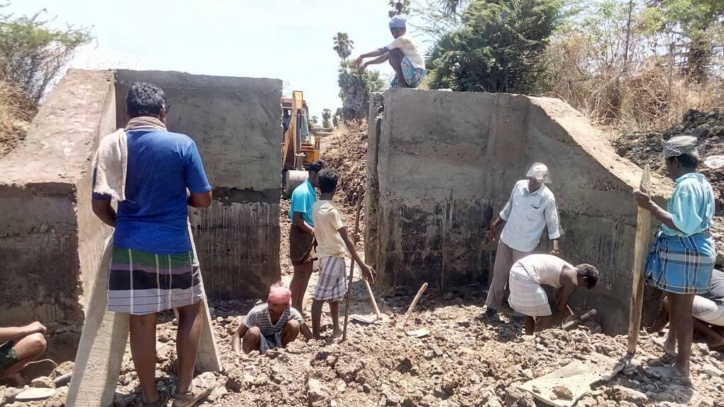 Work in progress under Kudimaramathu scheme in Poraiyar, Villupuram district. (Photo credit: Aee Wrd Poraiyar via Facebook).