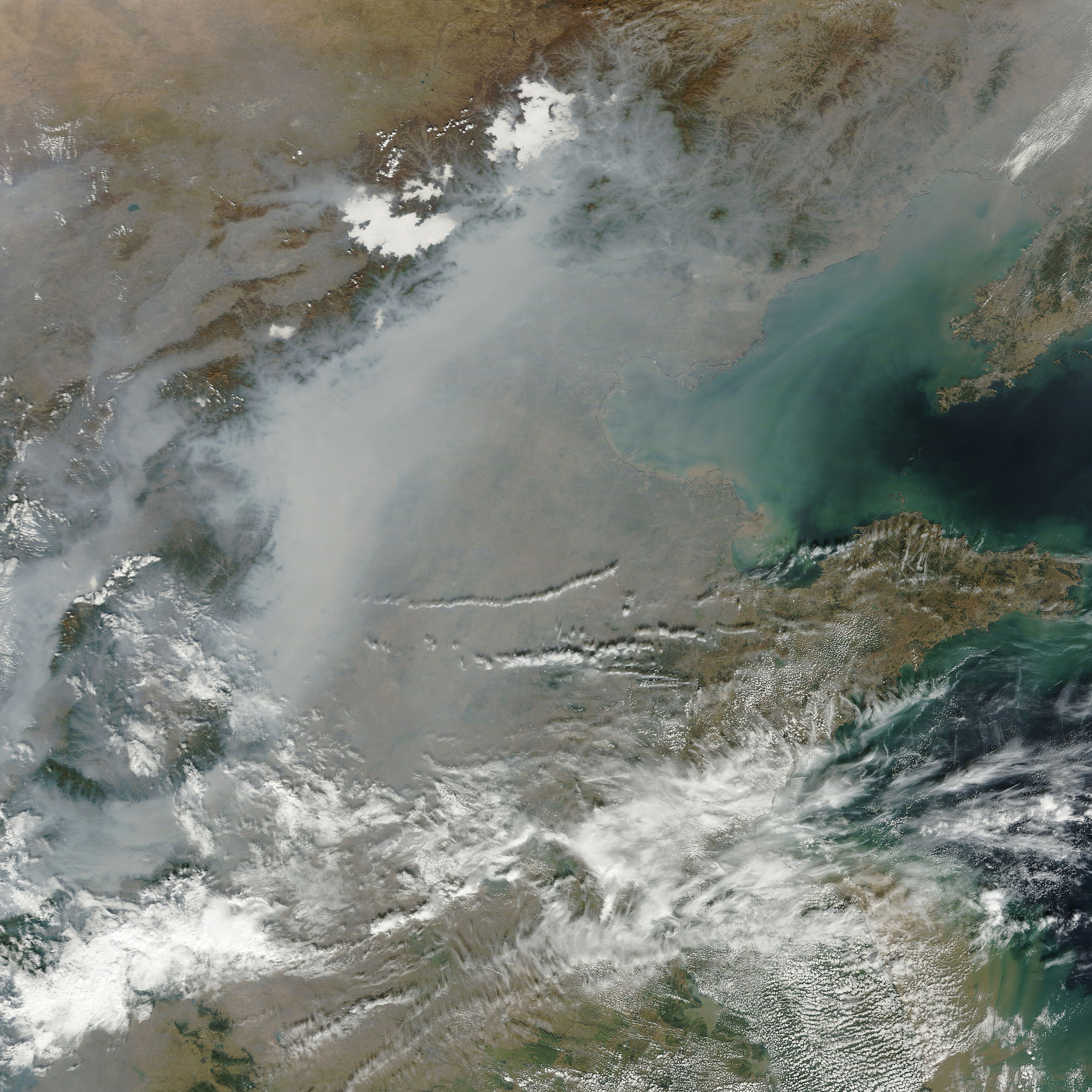 Haze due to particulate matter over North China in October 2014. (Image: NASA Goddard Space Flight Center/Flickr)