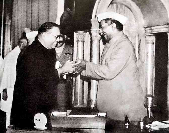 BR Ambedkar, chairman of the Drafting Committee, presenting the final draft of the Indian Constitution to Dr Rajendra Prasad on November 25, 1949