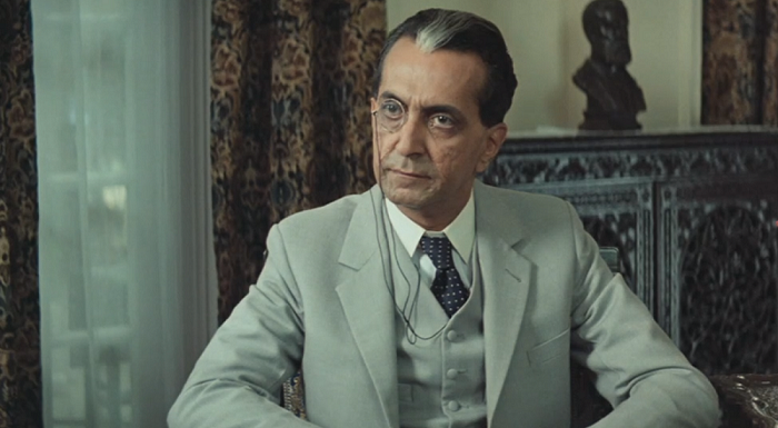 Alyque Padamsee as Muhammad Ali Jinnah in Gandhi (1982). Courtesy National Film Development Corporation.