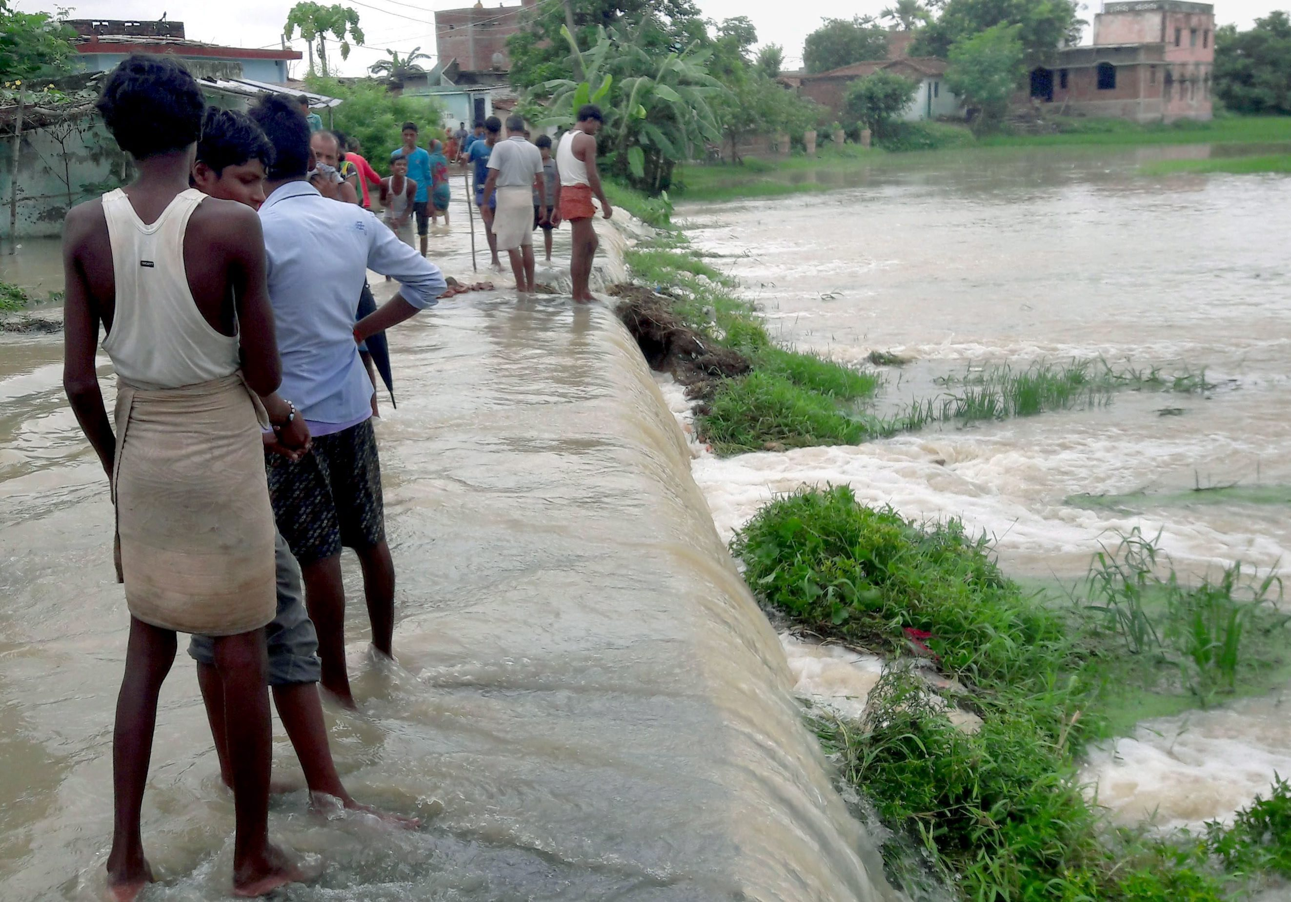 An inundated East Champaran district in Bihar (Credit: PTI)