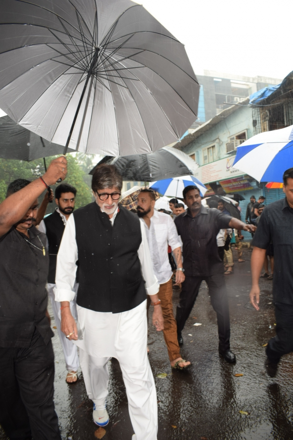 Actor Amitabh Bachchan paid respects at the state funeral on Tuesday. (Image credit: IANS)