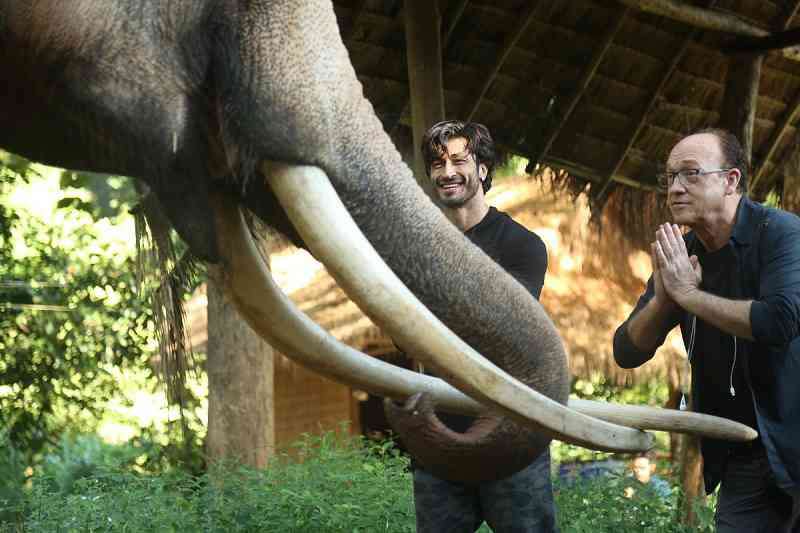 Vidyut Jammwal and Chuck Russell in Junglee. Courtesy Junglee Pictures.