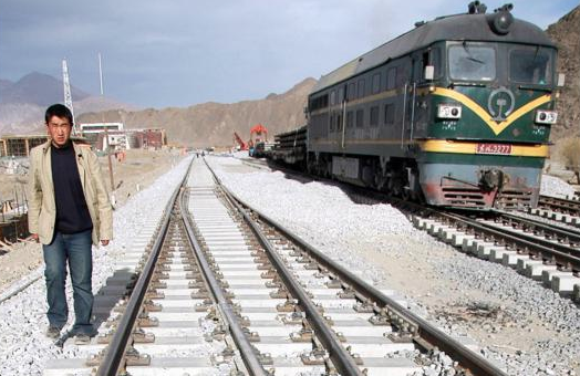 China wants to extend its railway network in Tibet across the Himalayas and all the way to Kathmandu. (Photo credit: AFP)