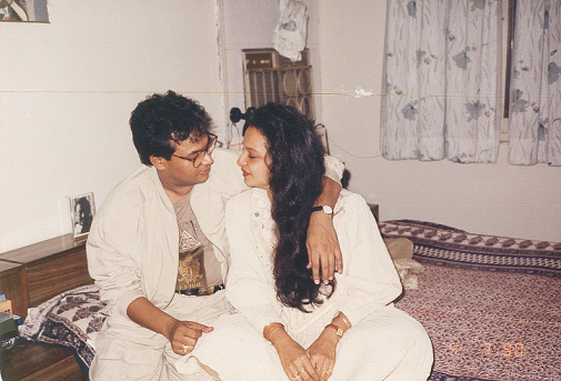 Rekha and Mukesh Agarwal. Courtesy 'Rekha The Untold Story'.