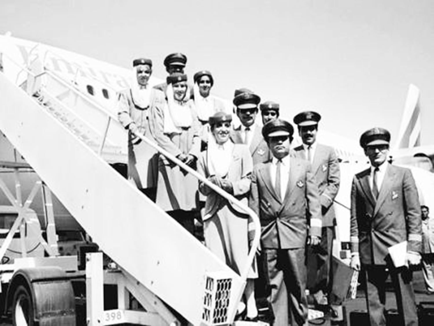 Crew of the first ever Emirates Airline flight to Pakistan in 1985.