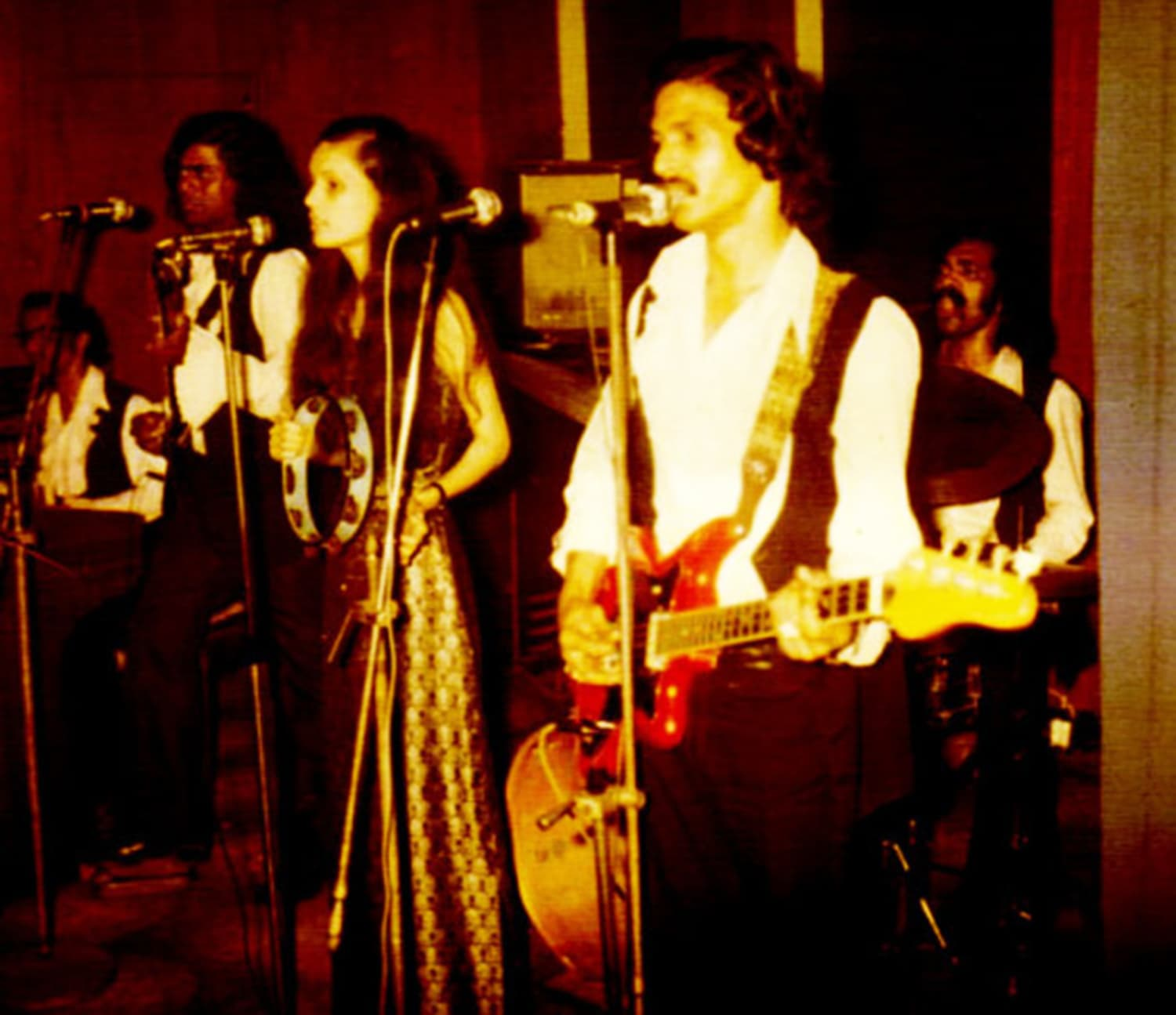A 1973 photograph of a pop band playing at a nightclub in Karachi. Picture courtesy: LMKonline.