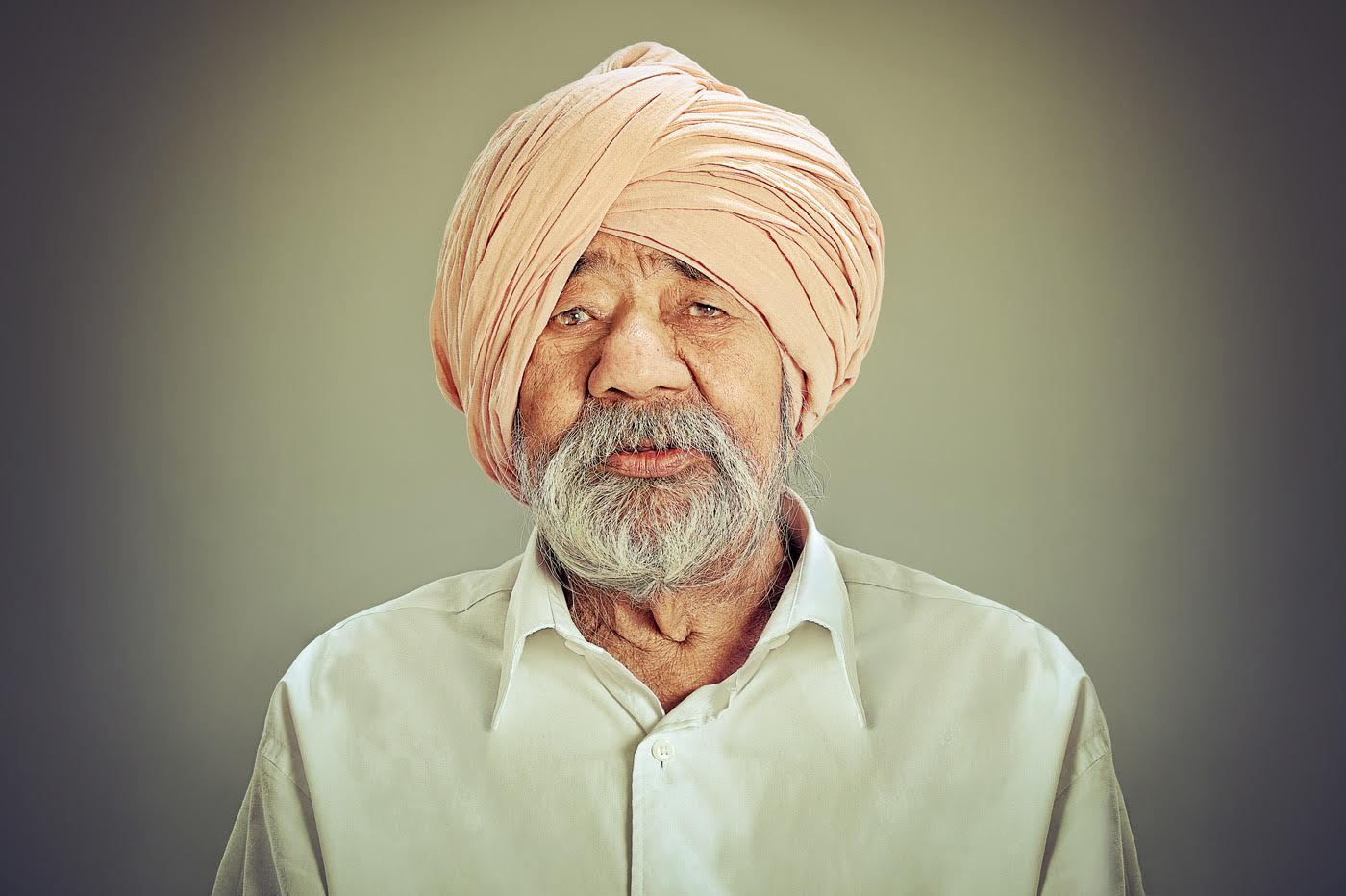 Balbir Singh, temple volunteer. (Photo credit: Amit and Naroop).