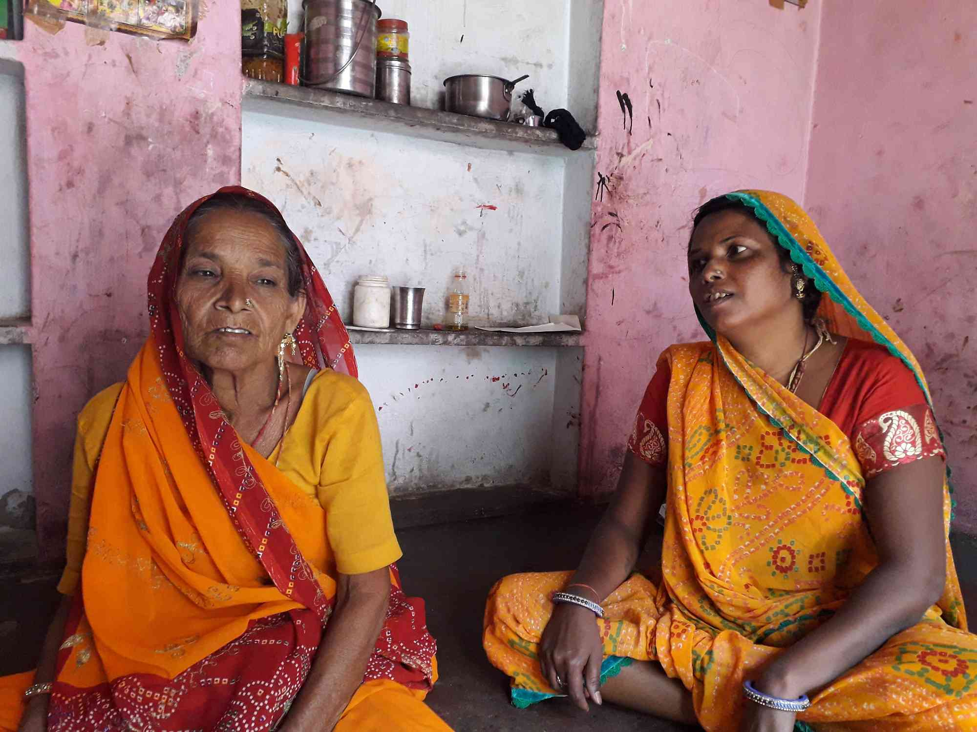 Minya Devi Lal (left) and her daughter-in-law Lali Devi at their home in Jaipur's Purani Basti. (Photo credit: Aarefa Johari).