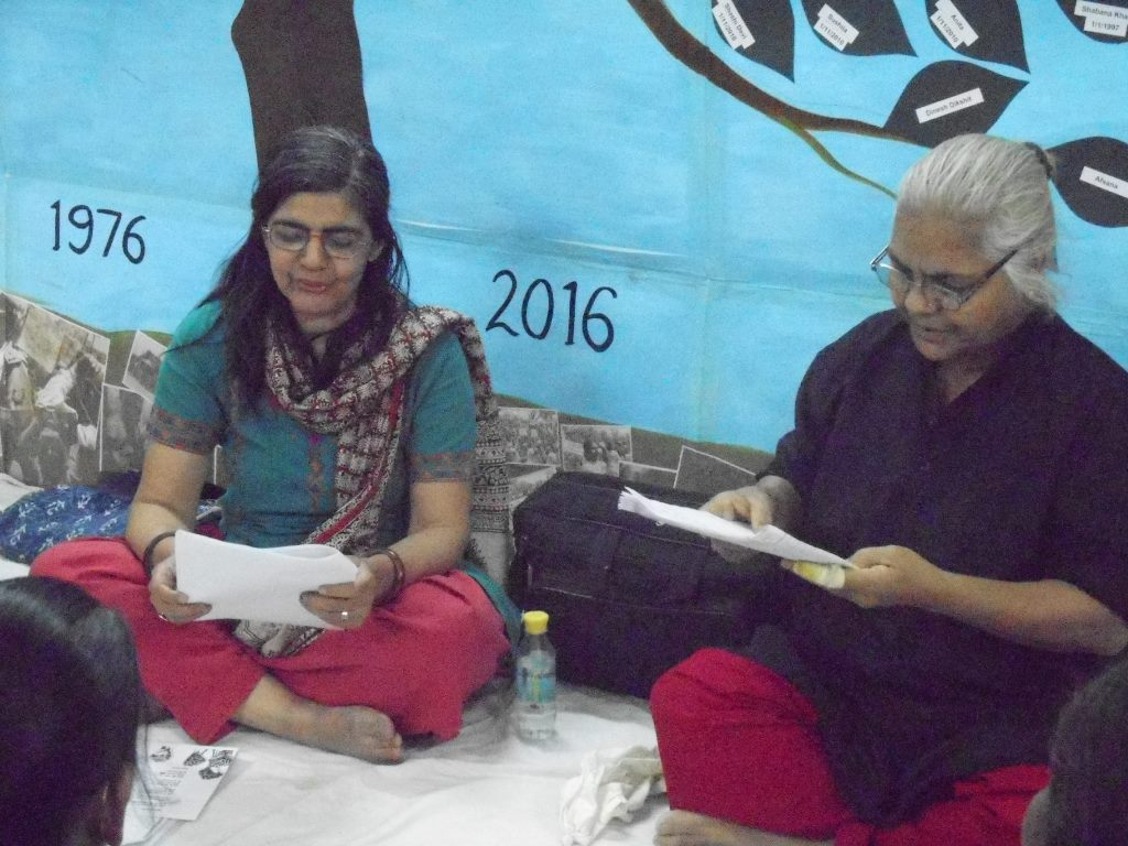 Dramatised readings from feminist street plays by Sampurna Trust. Image credit: Kriti
