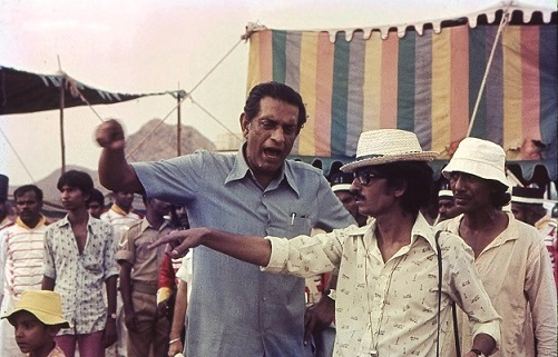 Satyajit Ray on the sets of Shatranj Ke Khilari. Image credit: Suresh Jindal.