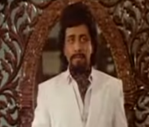 Salim Ghouse in Vetri Vizha (1989).