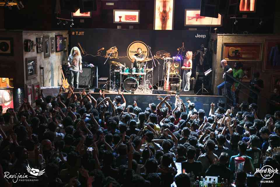 A Guthrie Govan concert at Hard Rock Cafe, Mumbai. Photo credit: Hard Rock Cafe Mumbai/Facebook.
