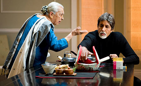 Zohra Sehgal and Amitabh Bachchan in Cheeni Kum (2007).