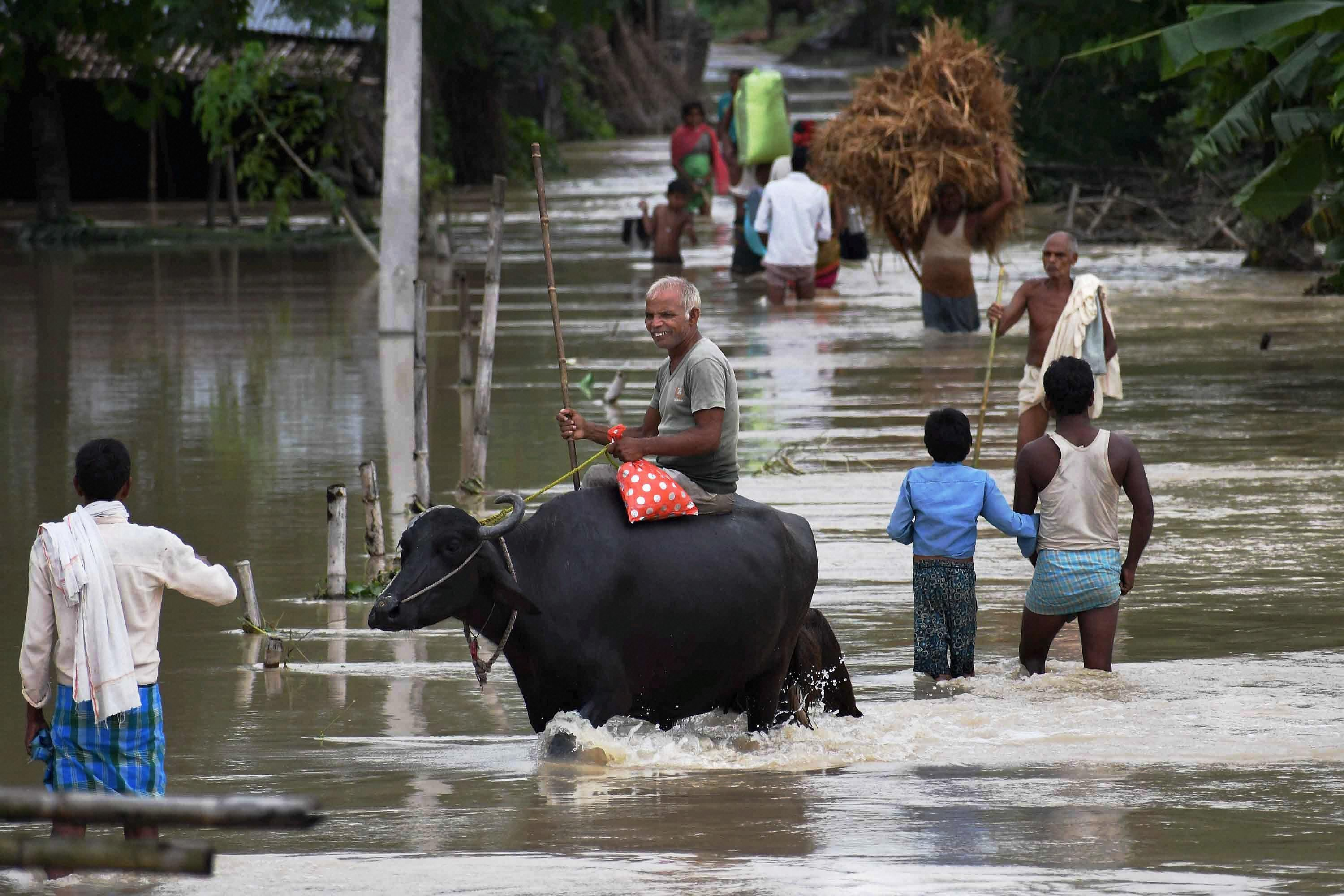 Villagers in the flood-hit Araria district in Bihar. (Credit: PTI)